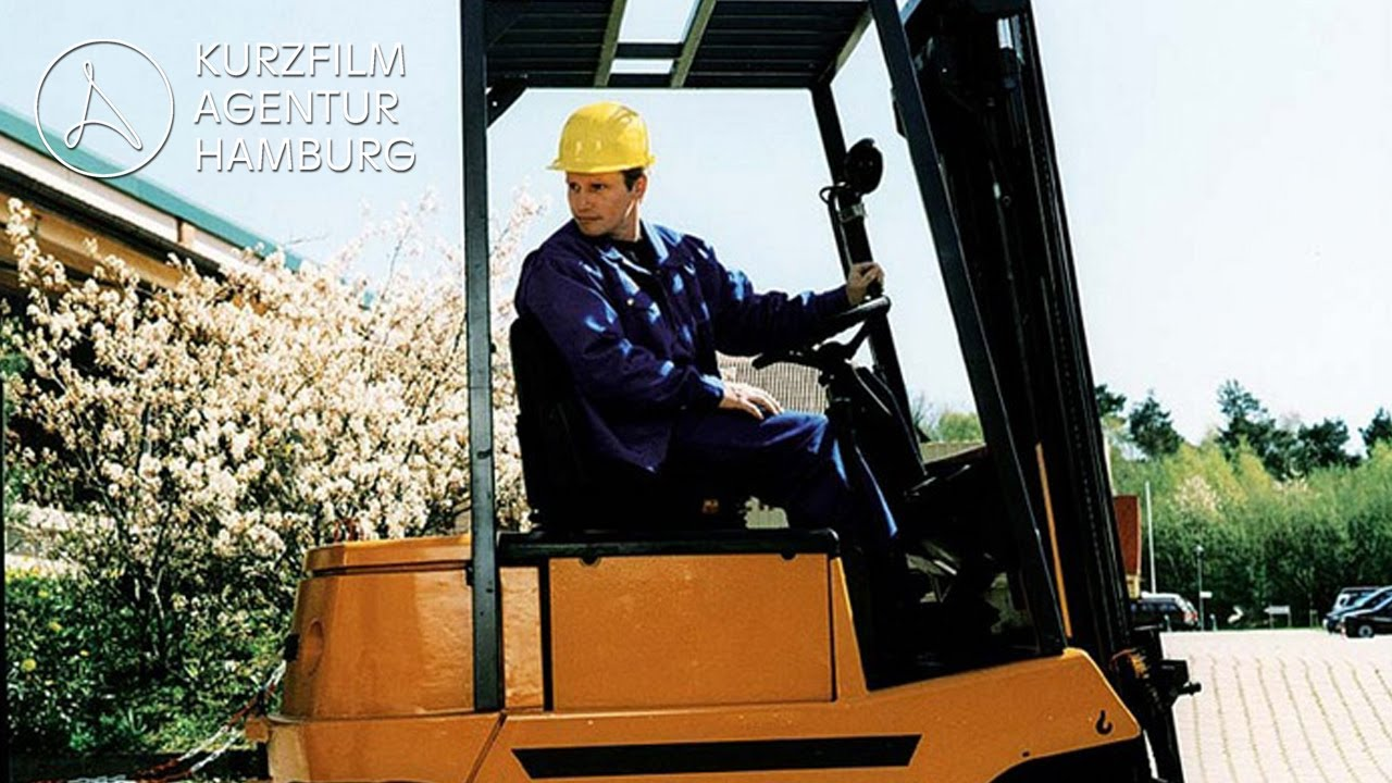 Staplerfahrer Klaus - Der erste Arbeitstag | Ein Kurzfilm von Jörg Wagner & Stefan Prehn