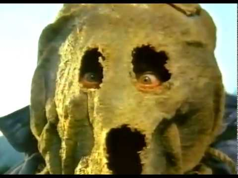 Dark Night of the Scarecrow (1981)