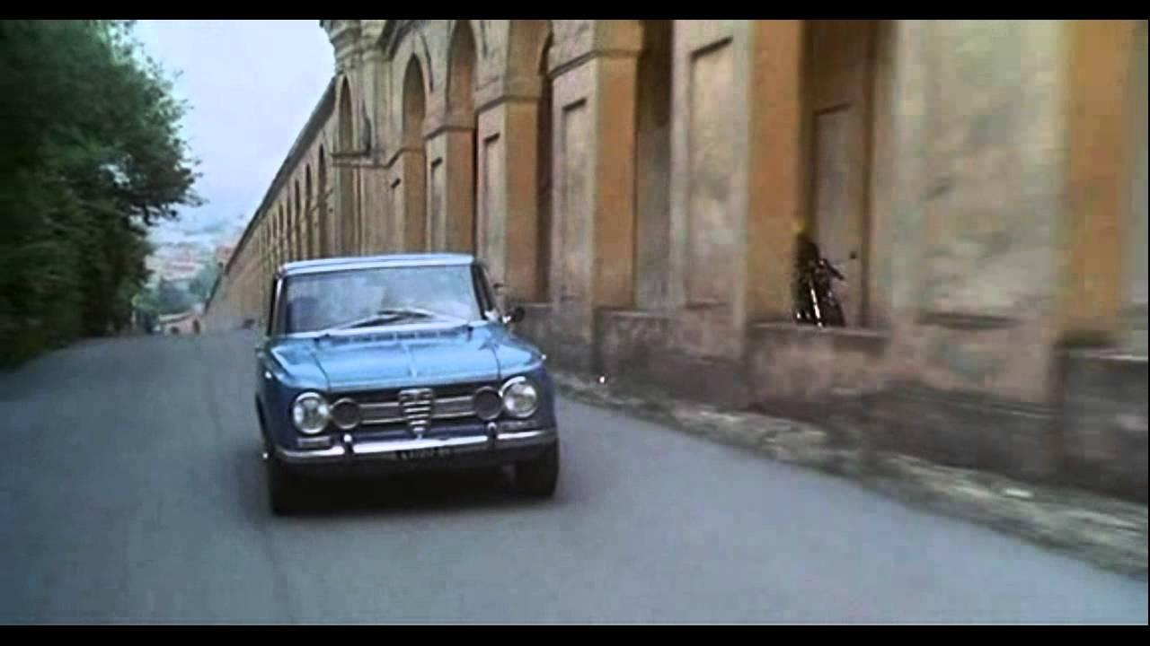 Alfa Romeo Giulia - La Polizia è Sconfitta ('77)
