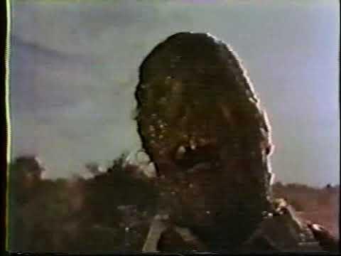 Elvira's Movie Macabre - The Texas Chain Saw Massacre (Opening)